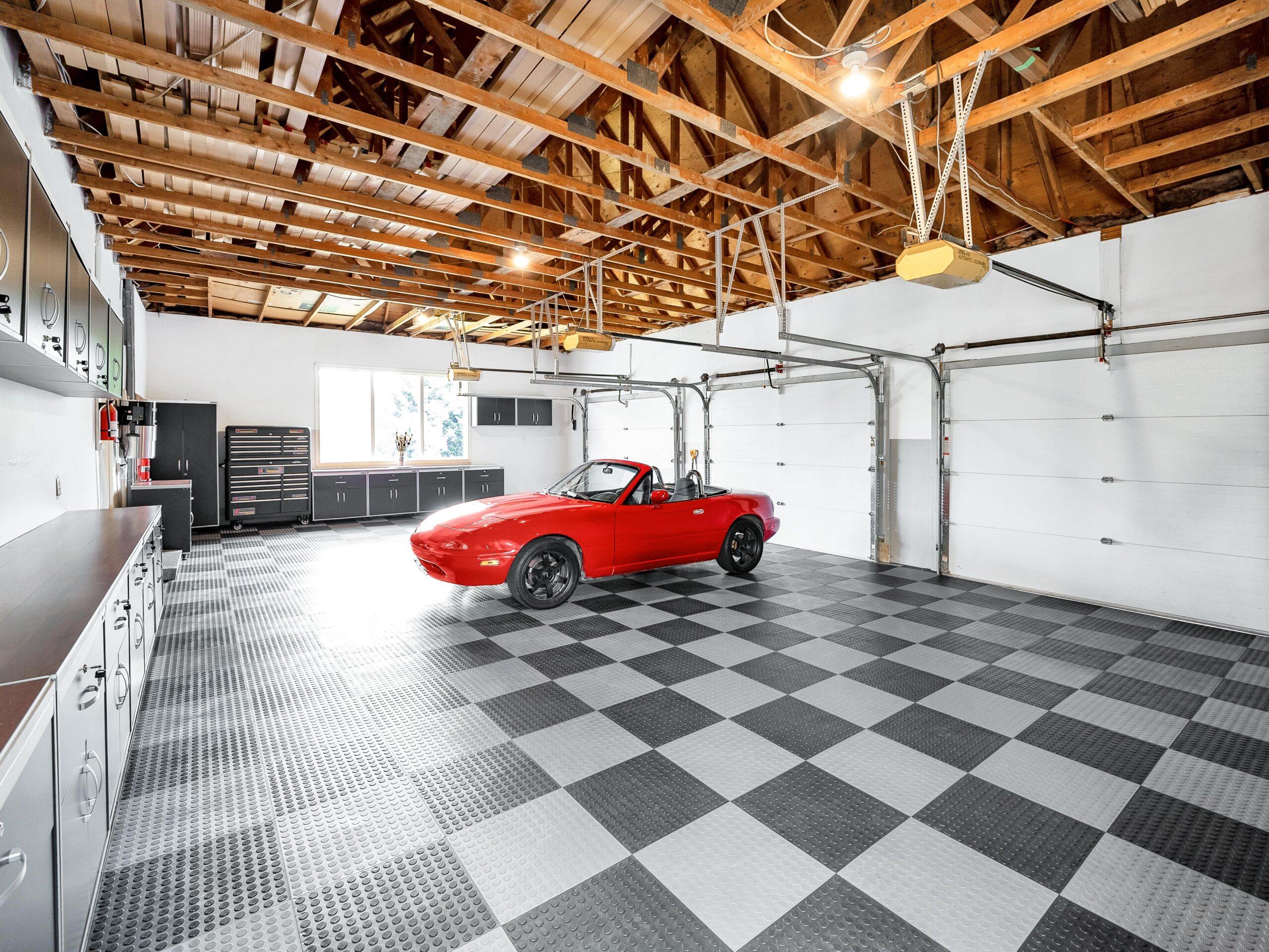 073-Garage-4200x3150-min