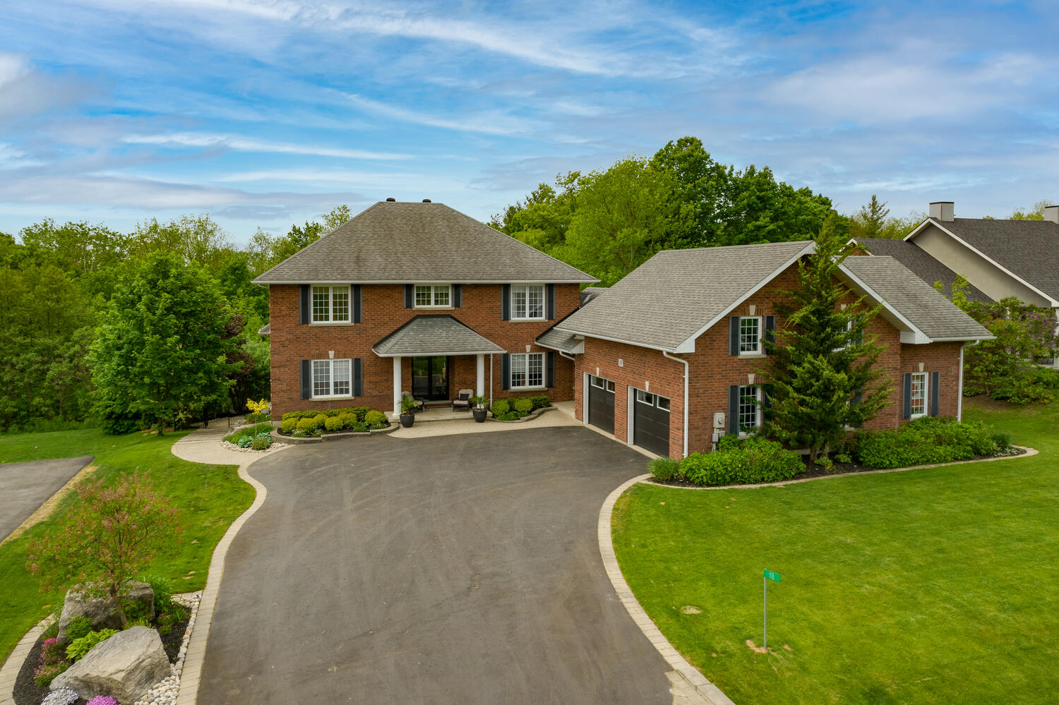 18 Bridle Trail Midhurst ON-large-005-004-Aerial Front of House-1500x1000-72dpi