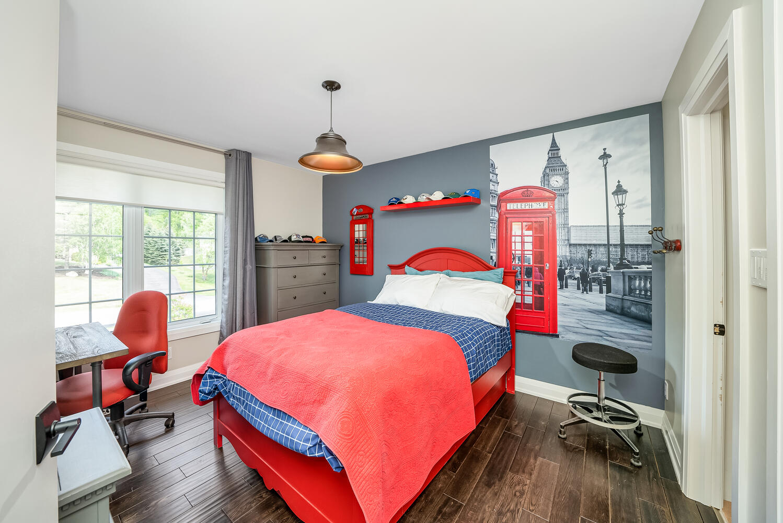 18 Bridle Trail Midhurst ON-large-067-045-Bedroom-1498x1000-72dpi