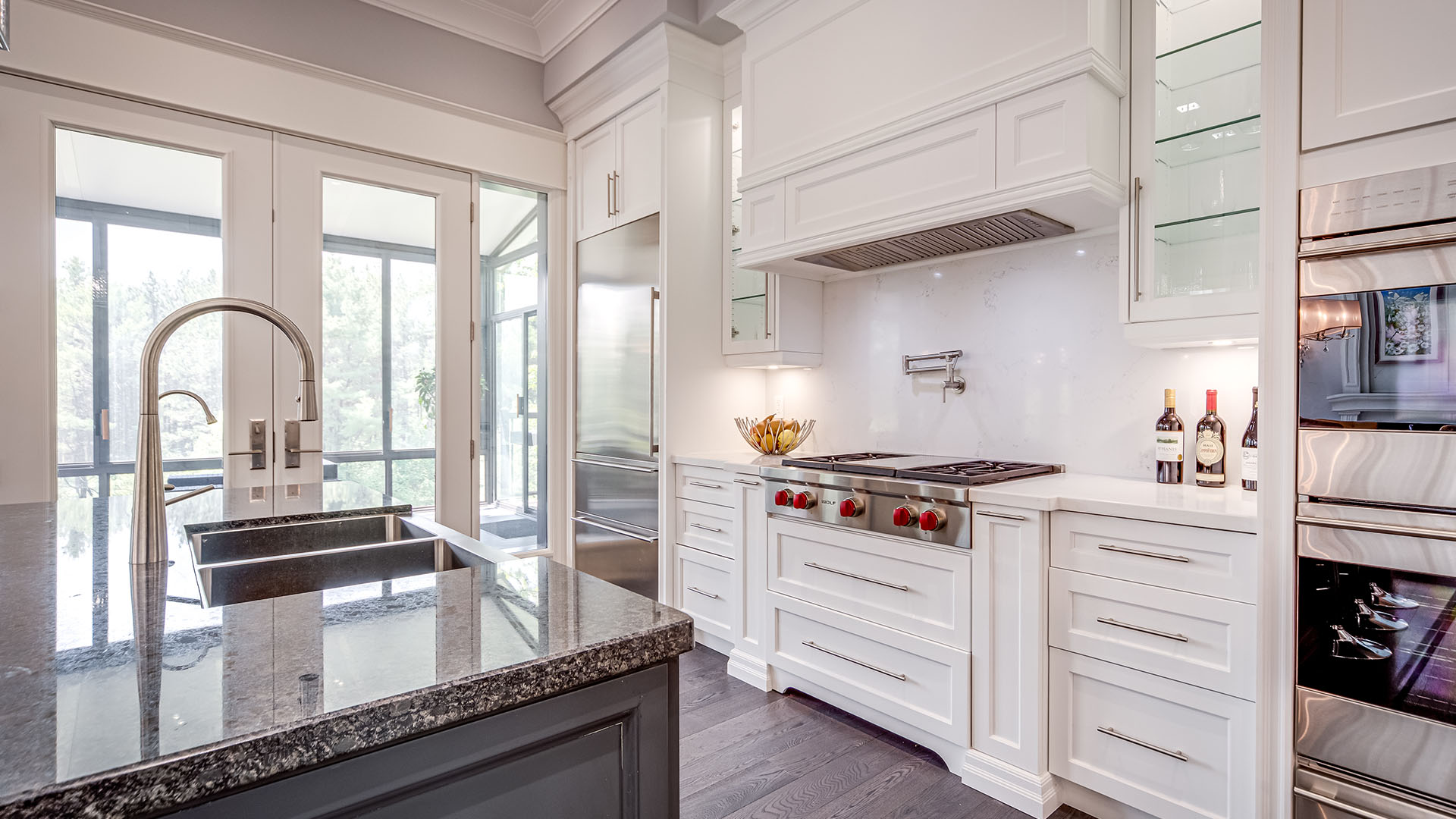 219-cavell-ave-_0055_086_Kitchen