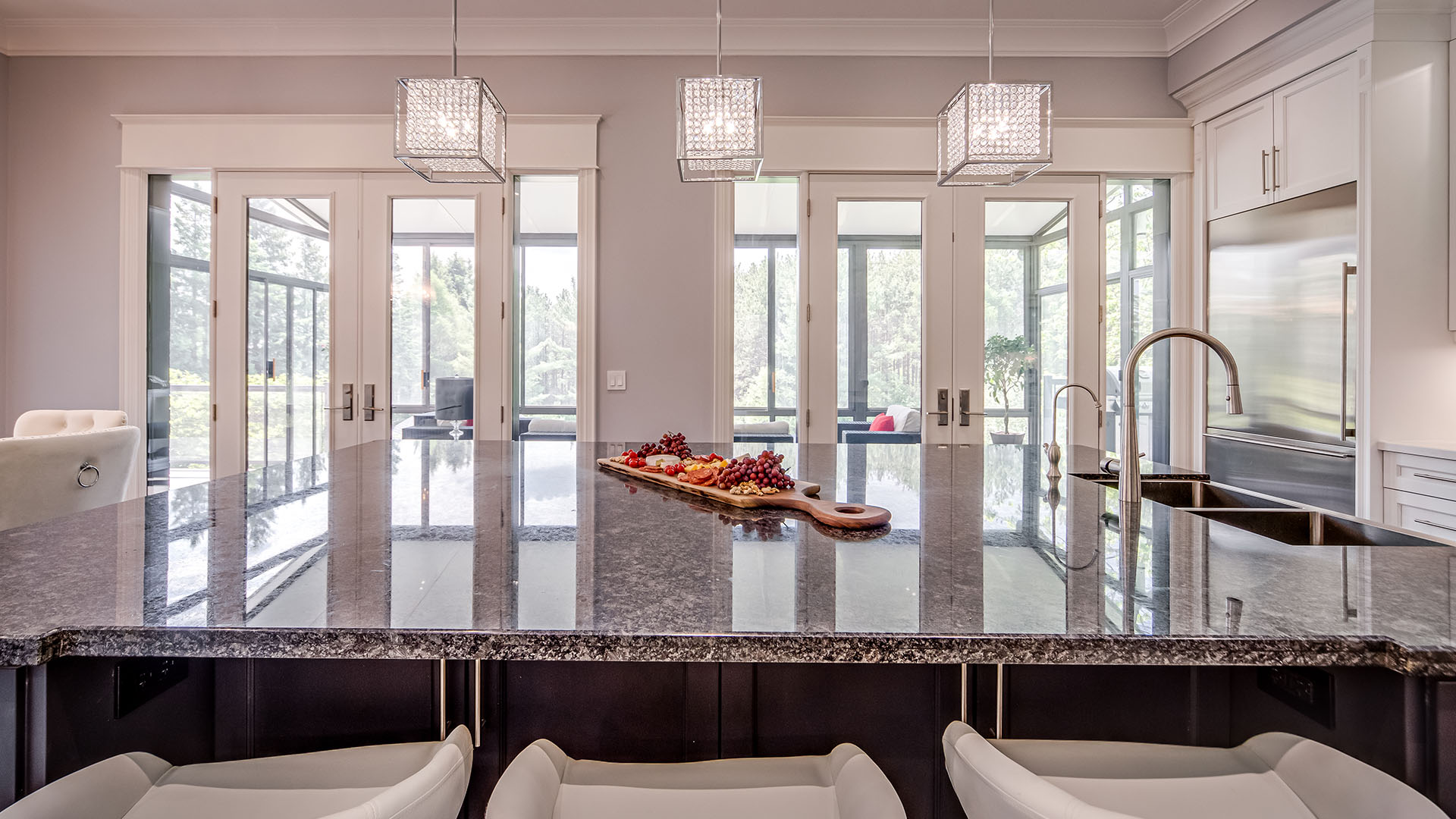 219-cavell-ave-_0056_085_Kitchen