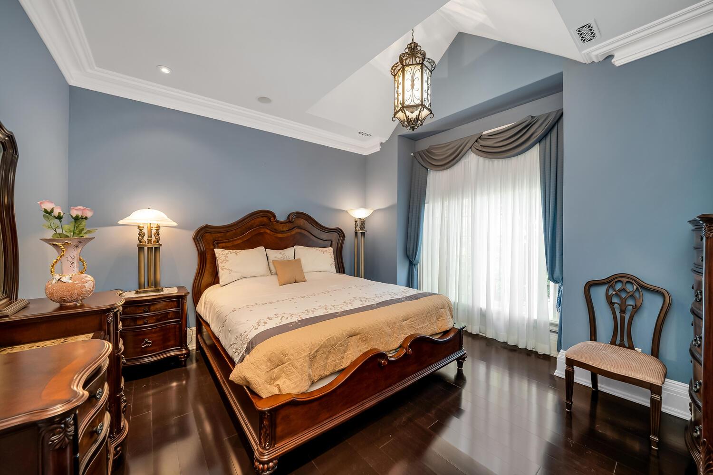 Bedroom 3-047-038-1500x1000