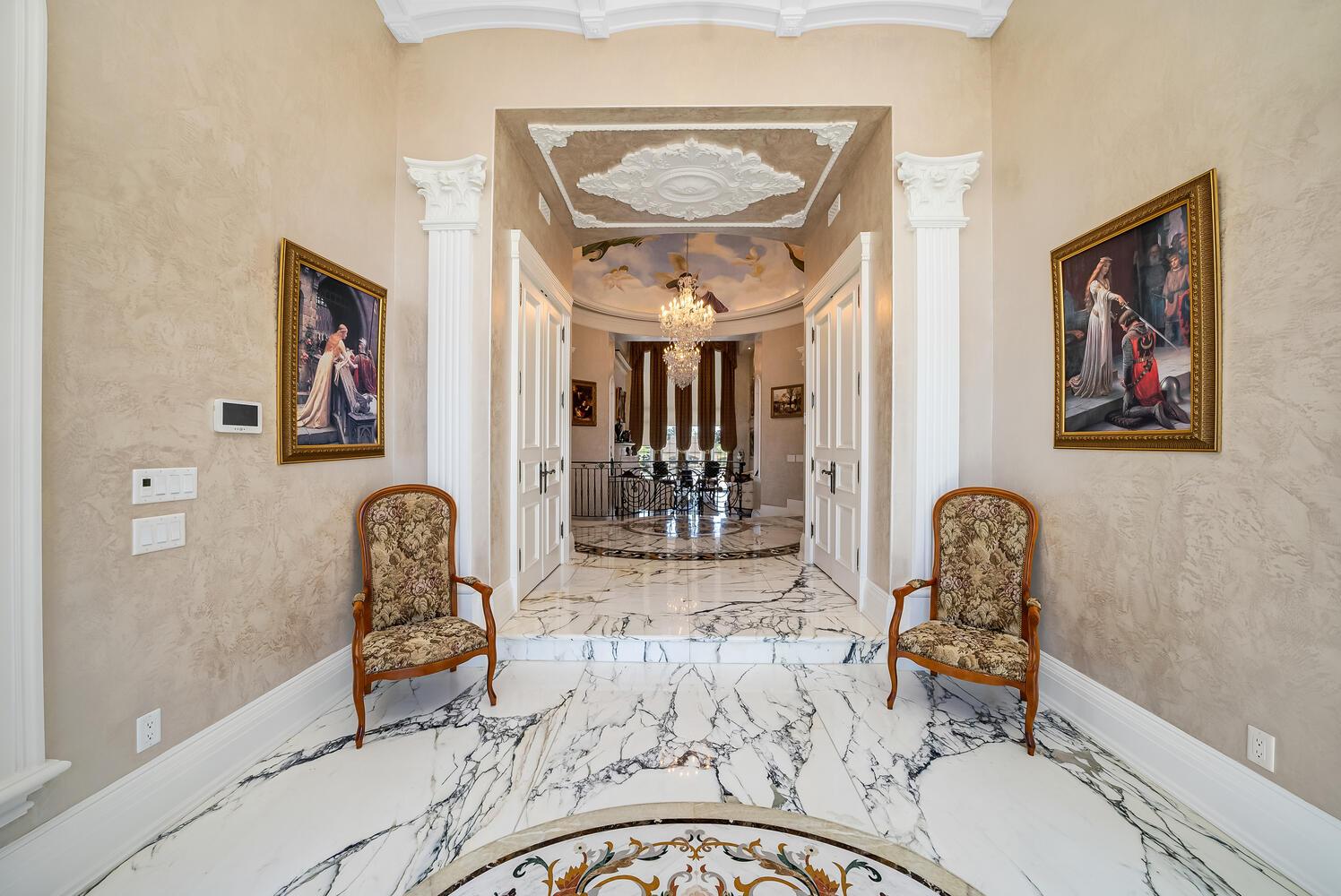 Foyer-014-019-1497x1000