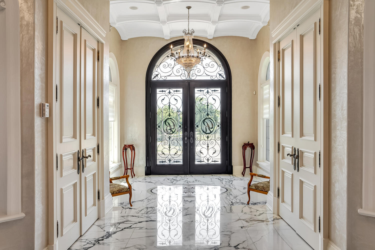 Front Entry-011-070-1498x1000
