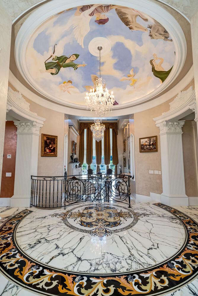 Front Hall-015-012-669x1000