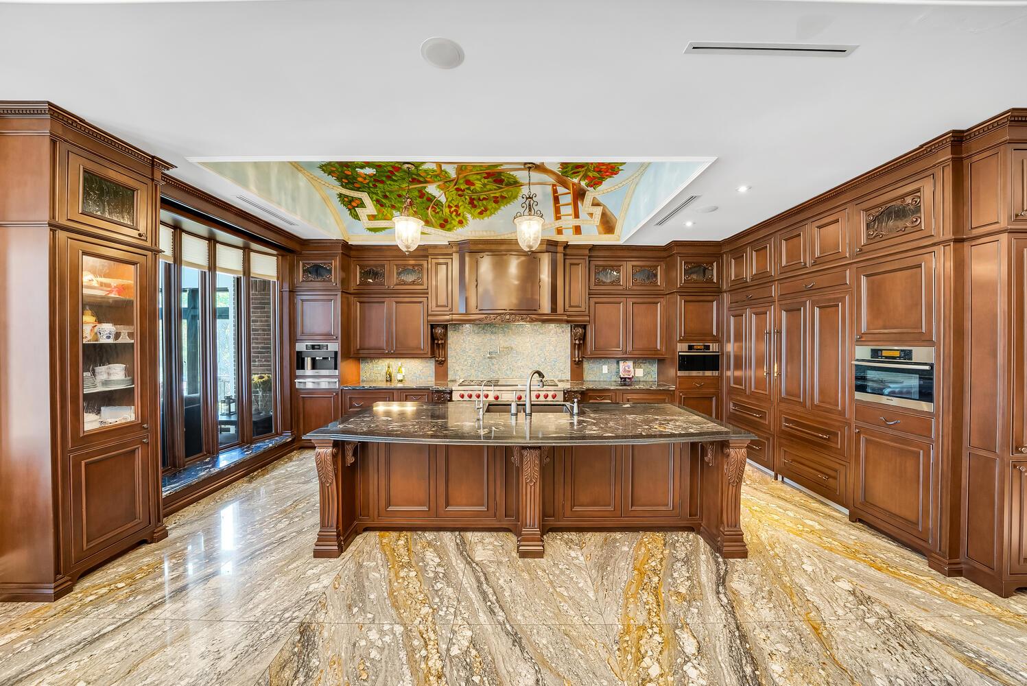 KitchenBreakfast Bar-063-059-1498x1000